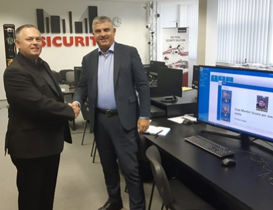 Euklis partnership with Sicurit CS